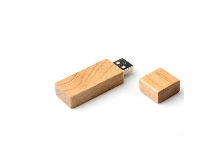 Usb Stick Holz : usb stick aus holz mit firmenlogo als werbegeschenk ~ Sanjose-hotels-ca.com Haus und Dekorationen