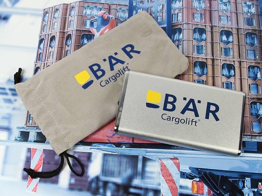 powerbank metall silber logo cargolift