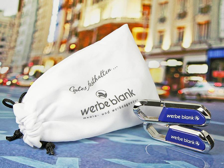 textilsäckchen samtsäckchen mit logo verpackung usb stick