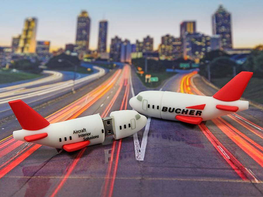 usb stick flugzeug reisen transport flug werbung