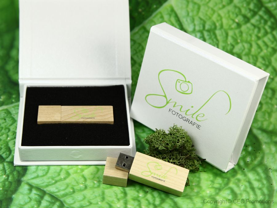 usb stick verpackung weiss holz hell natur edel werbung