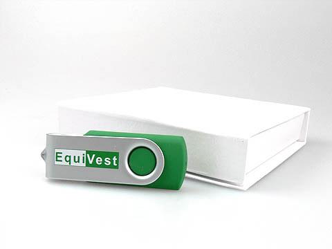 EquiVest USB-Stick mit Firmenlogo gruen, Metall.01