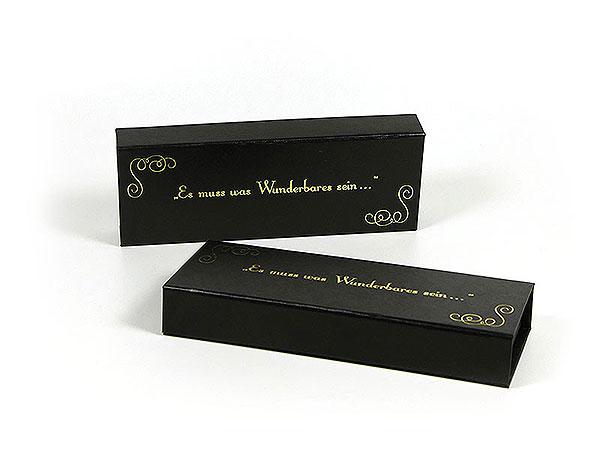 Geschenkverpackung mit Goldpraegung hochwertig, Individuelle Klappbox