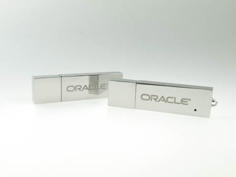 Gravierter Metall-USB-Stick Oracle, Metall.04, famous,