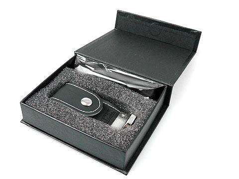 Leder-USB-Stick Klappbox Logo gepraegt, Leder.03
