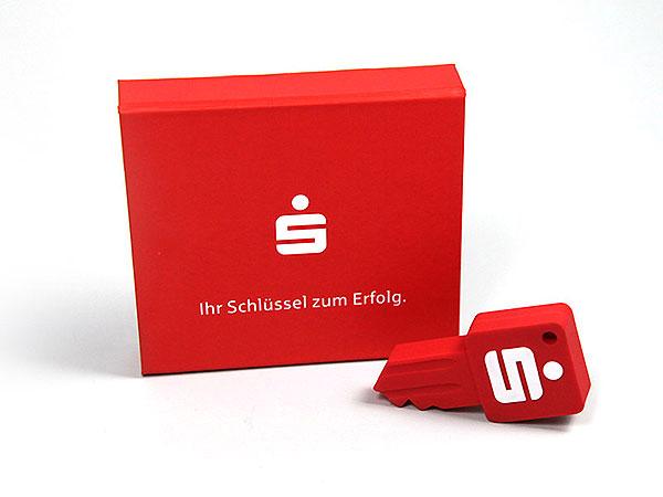 Sparkasse Verpackung rot aufdruck, K01 Magnetklappbox