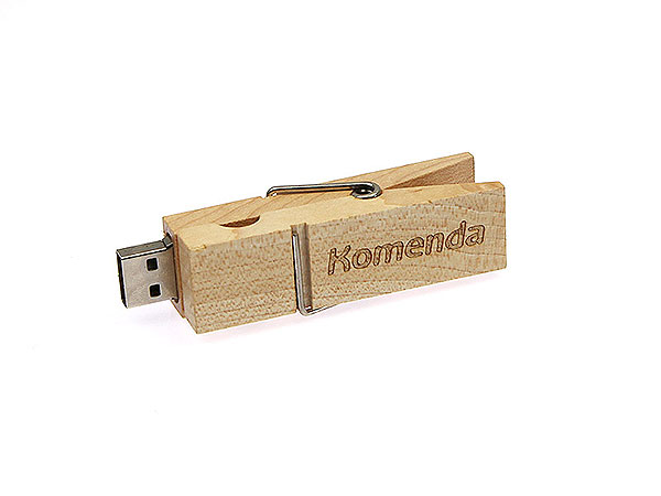 usb stick w scheklammer aus holz mit logo. Black Bedroom Furniture Sets. Home Design Ideas