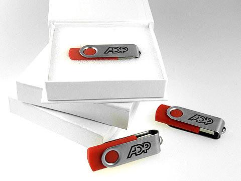 USB-Sticks in Firmenfarbe mit Aufdruck, Metall.01
