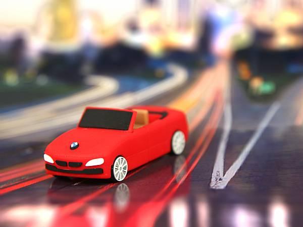 auto usb stick custom mit logo werbegeschenk sonderform