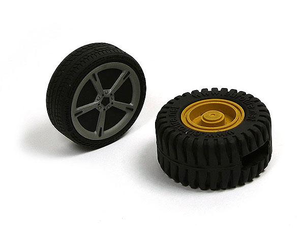 USB Reifen, Autoreifen, Reifenprofil, Car, pvc, schwarz, tire, rund, transport, traktor, trekker, trecker, PVC