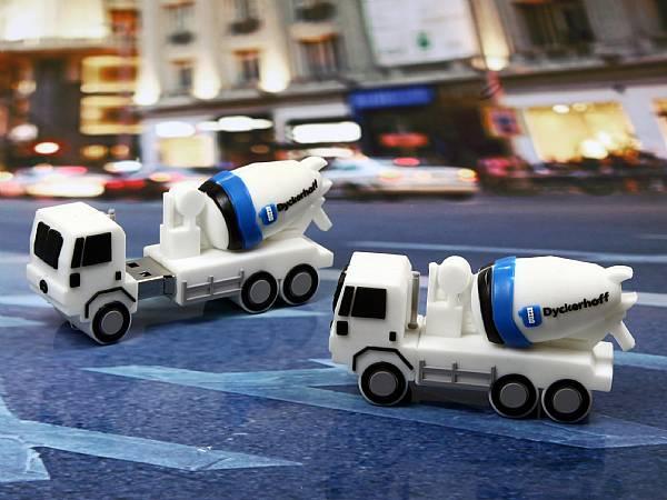 Betonmischer usb stick, lkw usb sticks,  Baustelle, Baustellenfahrzeug, pbc, weiß, transport, CustomProdukt, PVC
