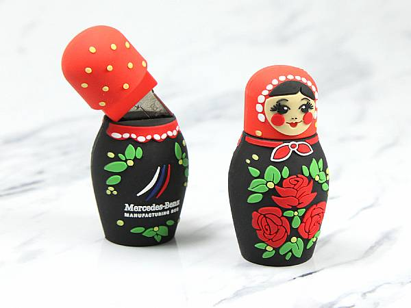 Creative USB Stick Custom Matrjoschka Logo Mercedes Russland.JPG