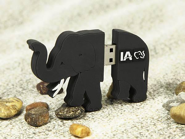 elefant als usb stick werbegeschenk mit logo sonderform
