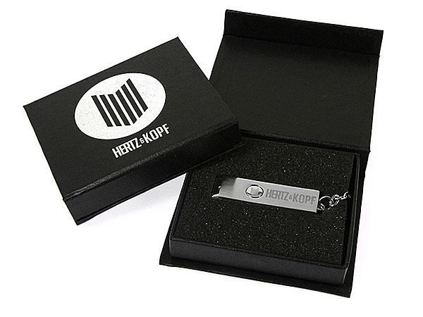 Geschenk-Verpackung schwarz USB-Stick mit Logo, K01 Magnetklappbox