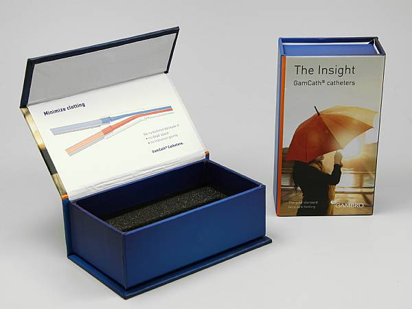 geschenkverpackung box farbig logo blau.JPG
