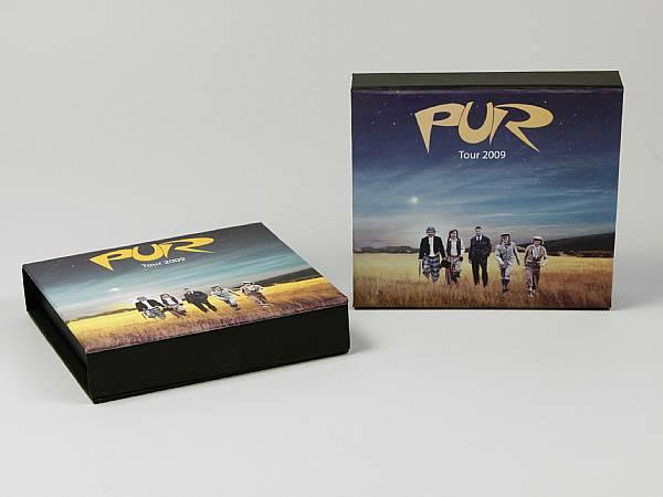 geschenkverpackung box farbig schwarz logo musik.JPG