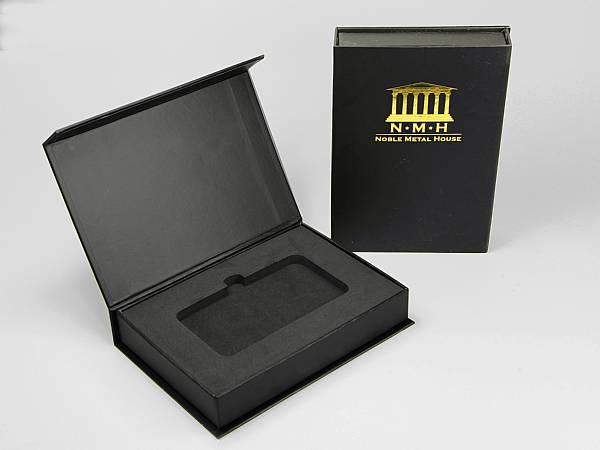 geschenkverpackung box schwarz logo gold
