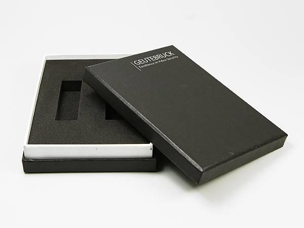 geschenkverpackung deckel schwarz logo