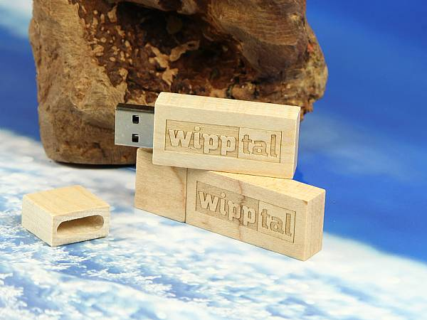 holz usb stick tiefengravur wipptal