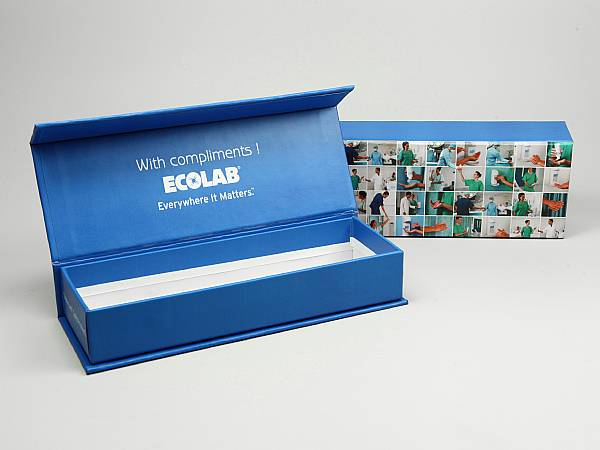 klappbox blau stiftebox