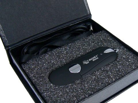 Kunststoff-USB-Stick schwarz Magnetklappbox, Kunststoff.04