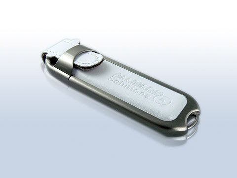 Leder-USB-Stick weiss gepraegt edel, Leder.02