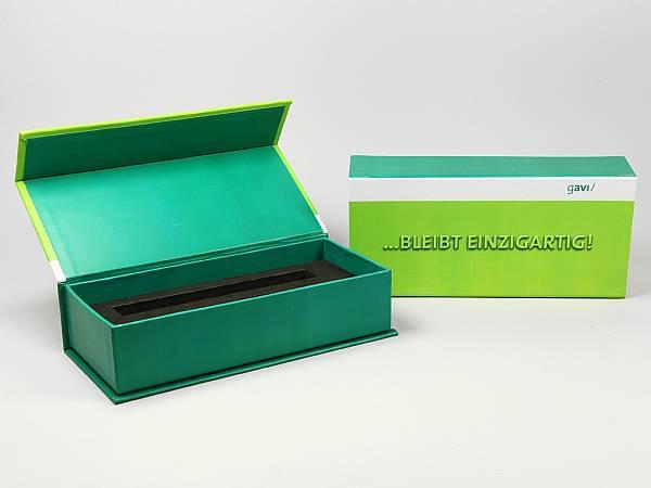 produktverpackung box gruen logo.JPG