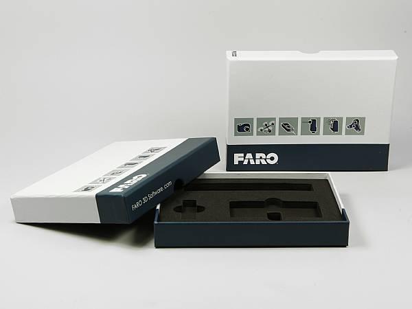 produktverpackung weiss box logo weiss blau.JPG