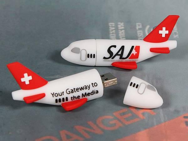 usb stick flugzeug transport flughafen reisen werbung logo