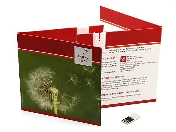 usb stick klappkarte karte flyer papier werbung logo creativ