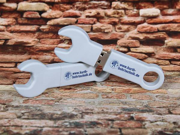 usb stick schraubenschluessel handwerk bau logo digitaldruck