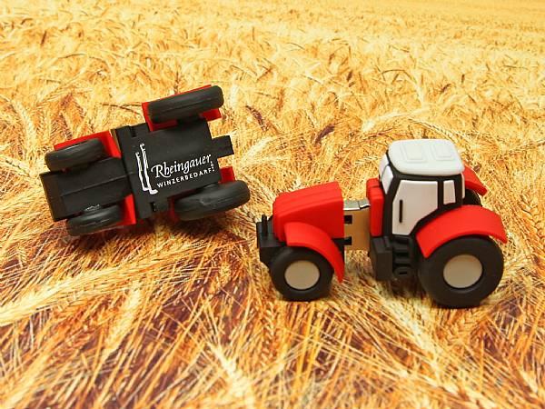 usb stick traktor bauer landwirt natur werbung logo