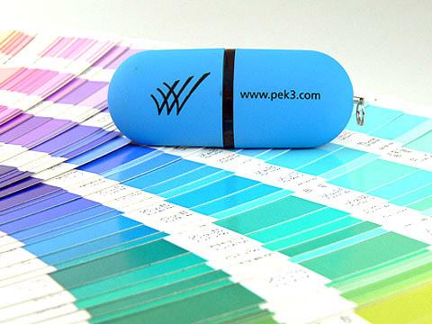USB-Stick in Sonderfarbe pantone Logo-Aufdruck, Kunststoff.03