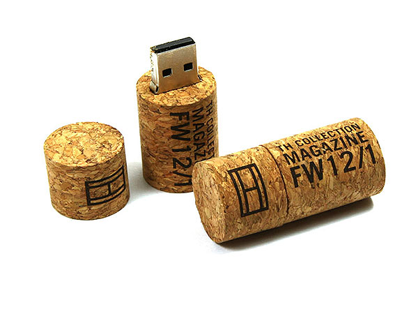 USB-Stick flash Korken hellbraun gravur logo hilfiger