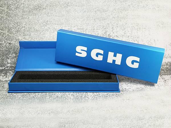 verpackung box magnetbox blau werbung logo