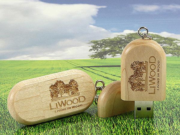 wood usb engraving graviert LiWood logo werbegeschenk