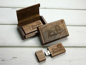 USB Stick Holz Geschenkschatulle dunkel