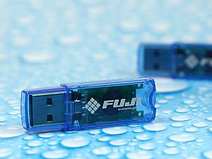 Schöner transparenter Kunststoff USB-Stick