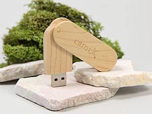 USB Stick aufklappbar aus Holz mit Logo, Holz.17